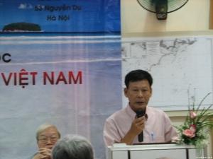 NNC Đinh Kim Phúc tại hội thảo biển và hải đảo Việt Nam năm 2009