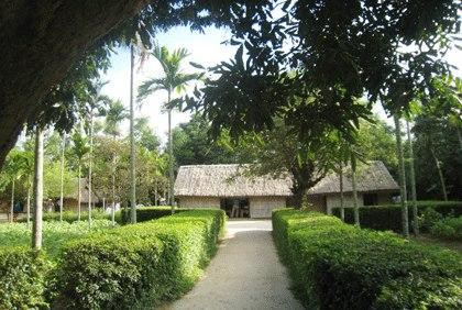 Ngôi nhà ở làng Kim Liên