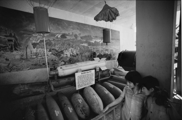 Philip-Jones-Griffiths-Vietnam-1980-22