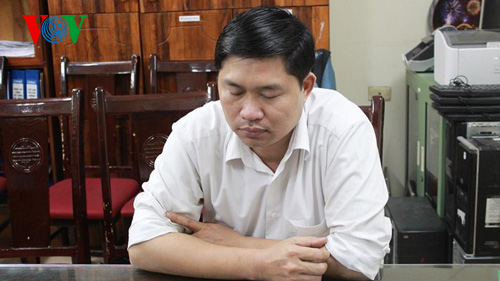 Đối tượng Nguyễn Mạnh Tường tại cơ quan công an