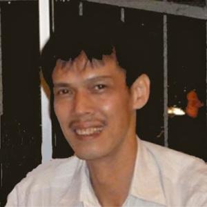 Nhà báo Phạm Chí Dũng, cây bút bình luận sắc bén đồng thời là tiến sĩ kinh tế, hôm nay 05/11/2013 vừa viết lá tâm thư chính thức từ bỏ đảng Cộng sản Việt Nam.