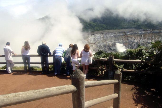 Mirador Crater Volcan Poas, Parque Nal Volcan Poas, Alajuela, Co