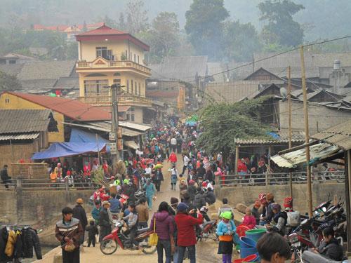 Chợ Mường Hum (Bát Xát, Lào Cai)