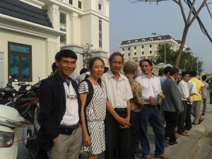 trước tòa án Đà Nẵng ngày 4/3/2014. Ảnh Lê Hải