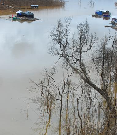 Góc đẹp bất ngờ trên lòng hồ công trình thủy điện buôn Tu Srah (Đắk Lắk)
