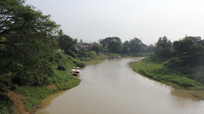 Sông Sangker chảy ngang thành phố