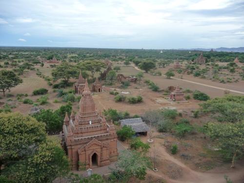 """Cố đô Bagan tại Myanmar, một trong những vùng đất được đặt trong danh sách """"nên đến trước khi quá muộn""""."""