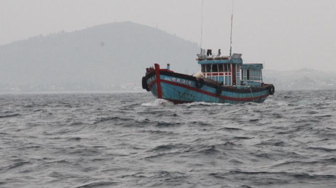 Các hậu duệ của hải đội Hoàng Sa xưa vẫn tiếp nối ra khơi - Ảnh: Quốc Việt