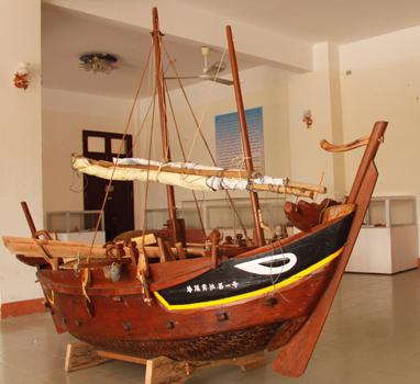 Loại ghe của các hải đội Hoàng Sa ngày xưa vẫn được con cháu nhiều đời sau sử dụng đi Hoàng Sa - Ảnh: Quốc Việt