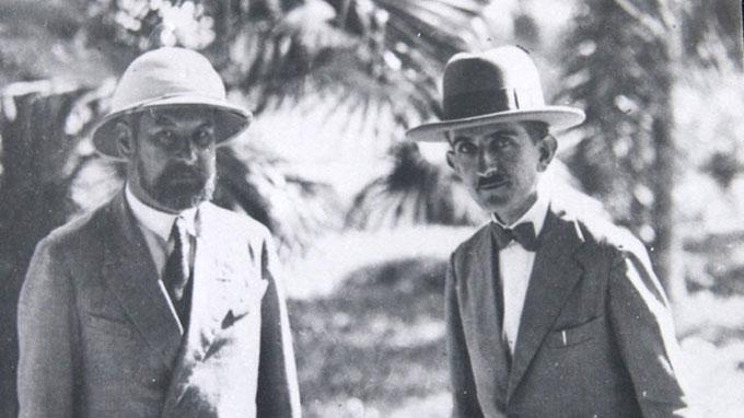 Tiến sĩ Pierre Chevey (phải) là người có nhiều đóng góp trong việc khảo sát nghiên cứu ở vùng biển Hoàng Sa những năm đầu thế kỷ 20 - Ảnh: Viện Hải dương học