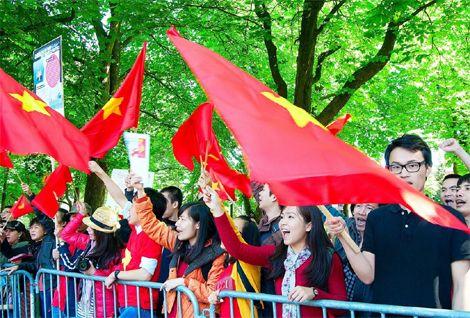 Kháng nghị thư bày tỏ thái độ kiên quyết phản đối và lên án mạnh mẽ hành vi xâm phạm chủ quyền Việt Nam của chính quyền Trung Quốc, yêu cầu Trung Quốc rút ngay giàn khoan Hải Dương-981 ra khỏi vùng đặc quyền kinh tế của Việt Nam và tôn trọng luật pháp quốc tế để cùng Việt Nam giải quyết tranh chấp thông qua đàm phán và các biện pháp hòa bình.