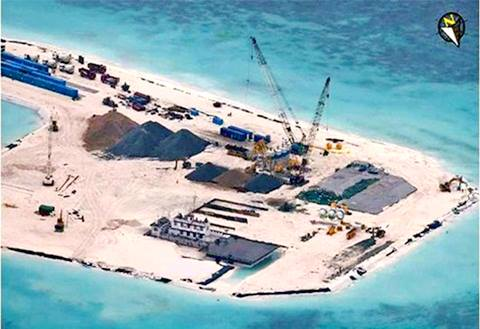 Và đang xây căn cứ quân sự trên đảo Gạc ma đẫm máu...