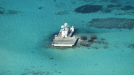 Philippines nói Trung Quốc đã xây cả một hòn đảo mới ở Gạc Ma
