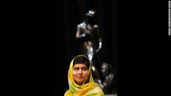 Malala nhận giải thưởng quốc tế Catalonia lần thứ 25 vào tháng Bảy năm 2013 tại Barcelona, Tây Ban Nha. Giải thưởng công nhận những người có đóng góp vào sự phát triển của văn hóa, khoa học và giá trị nhân văn trên toàn thế giới.
